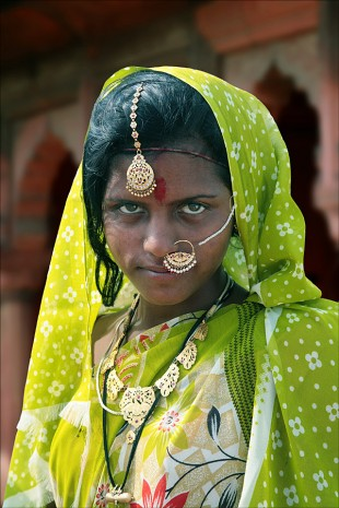 Recently-married Girl, Rajasthan  David Steel